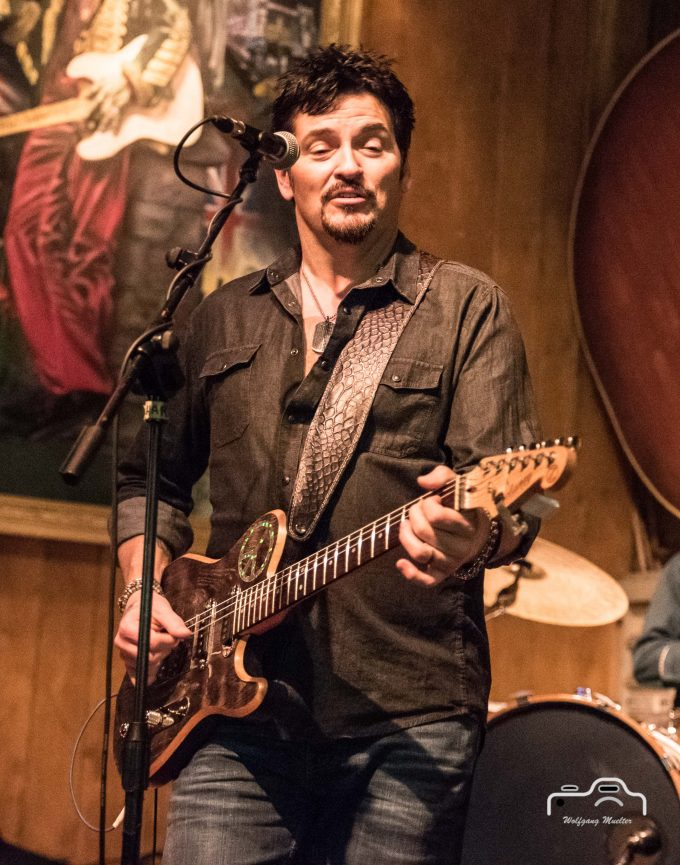 Mike Zito & The Wheel 2016